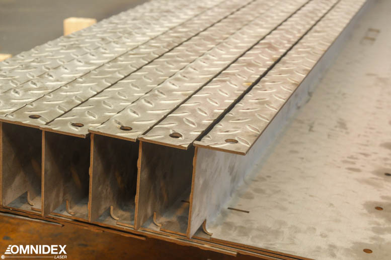 3.6m Galvanized steel plate, cut and folded